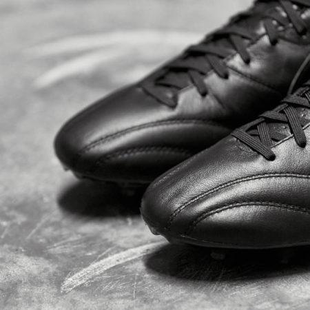Полностью черные Nike Premier