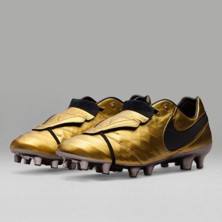 Футбольные бутсы Nike Tiempo Totti X Roma 2017
