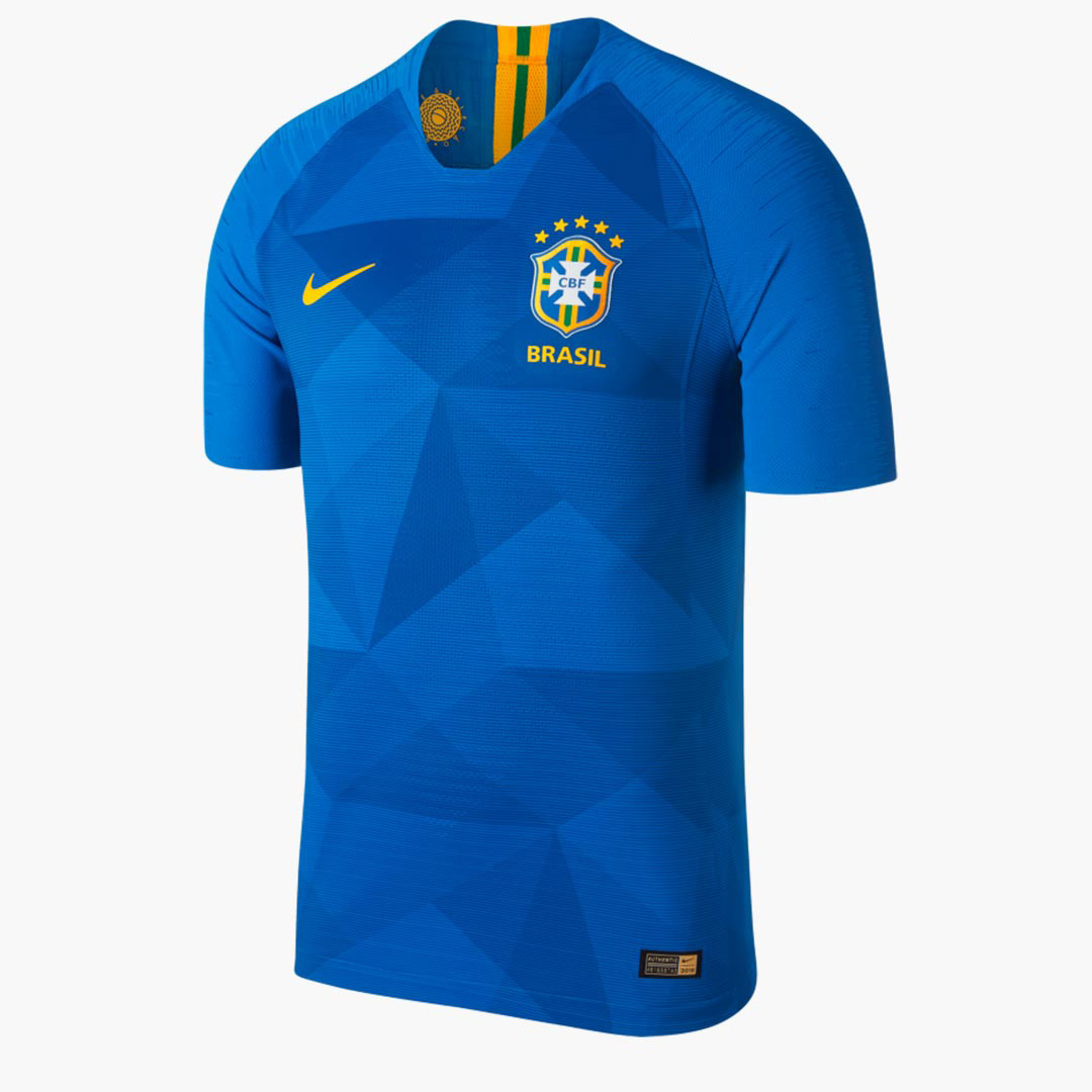 Выездная форма сборной Бразилии