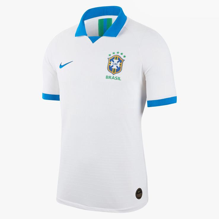 Домашняя альтернативная форма сборной Бразилии