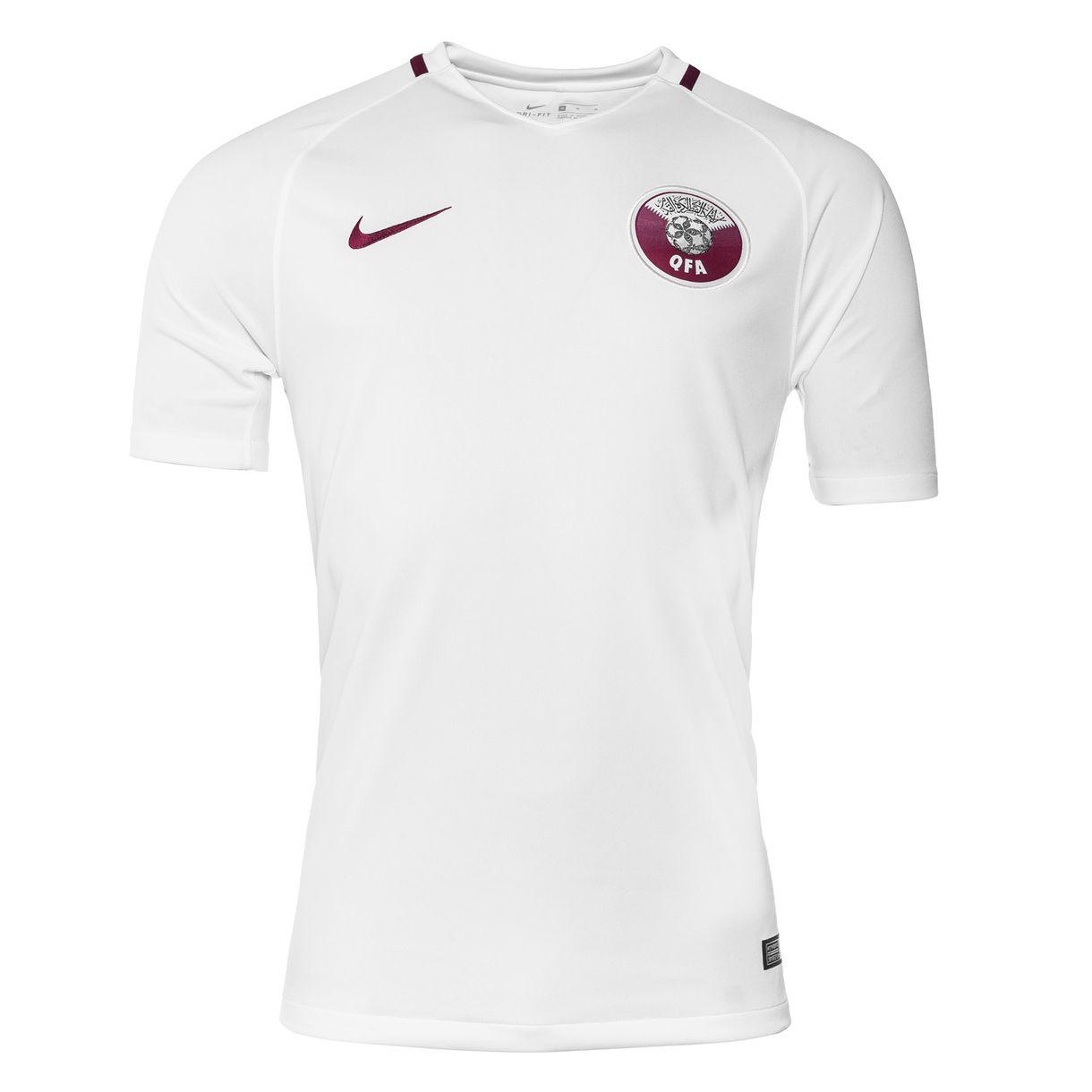 Выездная форма сборной Катара