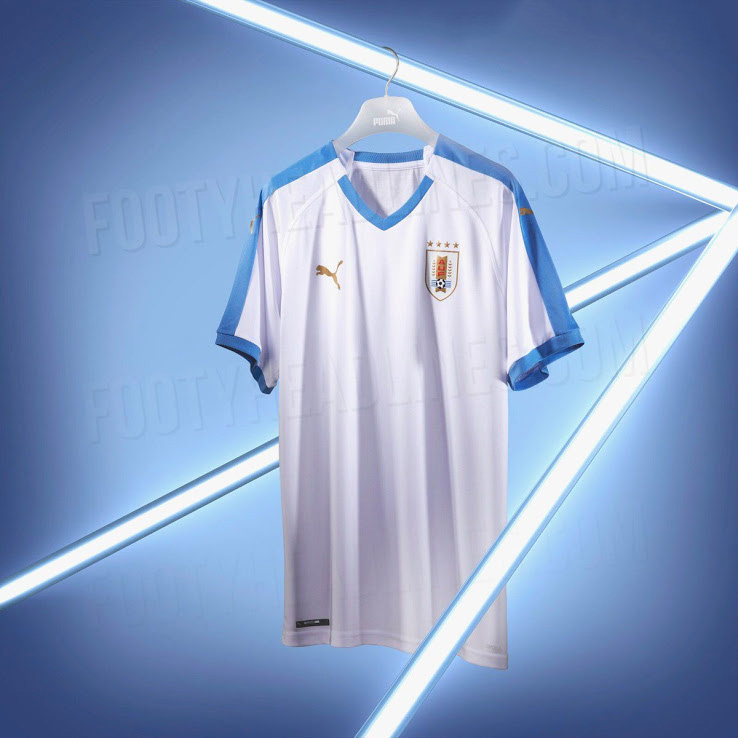 Выездная форма сборной Уругвая