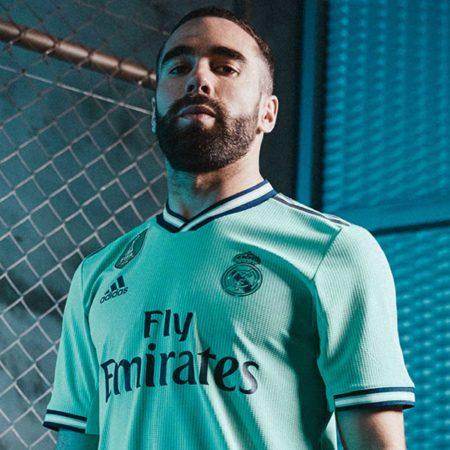 """Третий комплект формы """"Реал Мадрид"""" 2019/20"""