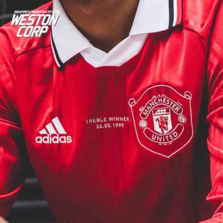 Перевыпуск формы Манчестер Юнайтед 1999